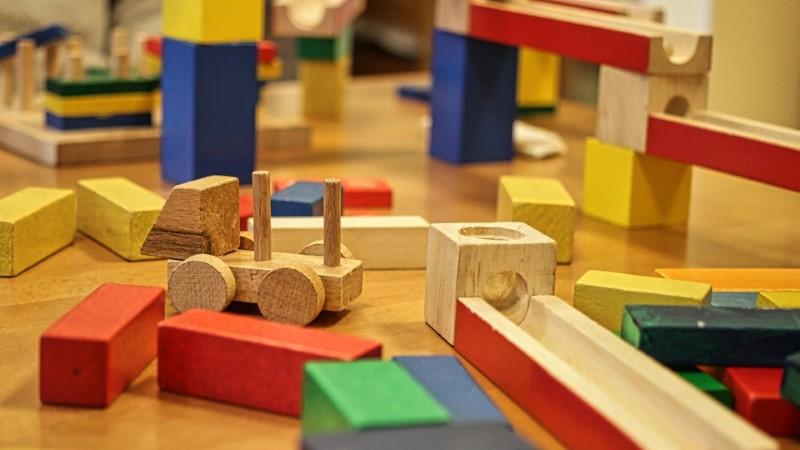 Lesene igrače za najmlajše